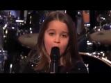 Little girl singing screamo/ маленькая девочка поет скримом!