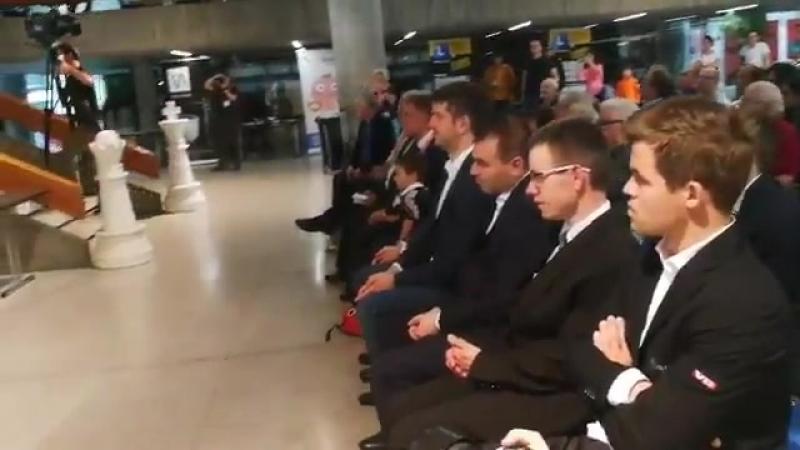 Гм Рашид Зиятдинов · Карлсен сегодня на открытии турнира в Биле