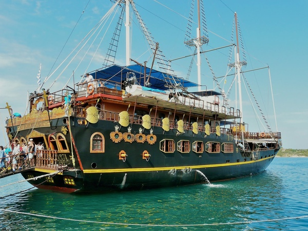 Морской круиз Святой Афон (Греция). Sea cruise Saint Athos (Greece)
