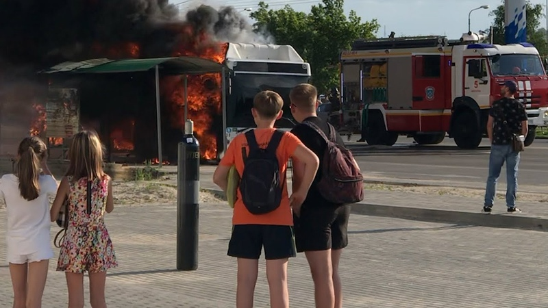 В Волгограде сгорел рейсовый автобус