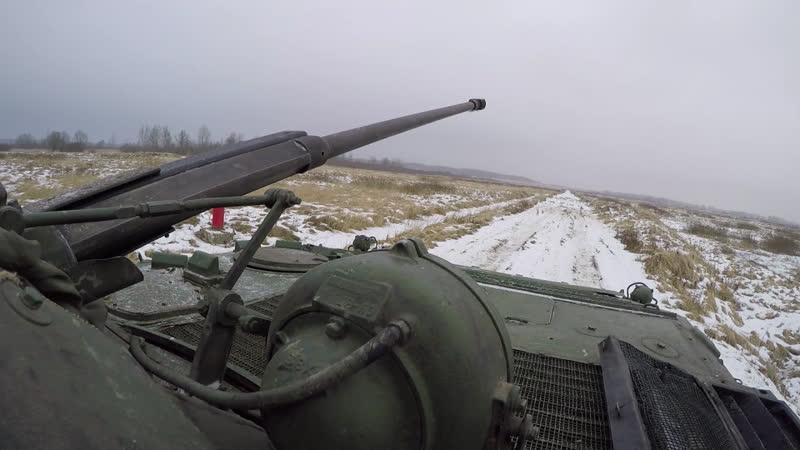 Мотострелки Балтийского флота проводят заезды первого этапа конкурса «Суворовский натиск» на боевых машинах пехоты