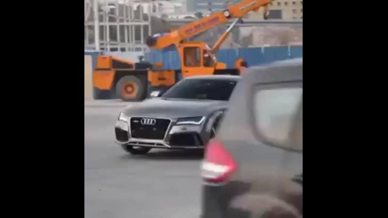 Дрифт Audi RS7
