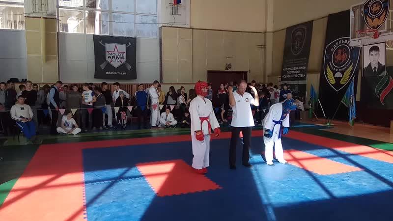 Бой за первое место в 10 Всероссийских соревнованиях по Армейскому рукопашному бою, бой девушек 18 за 1 место