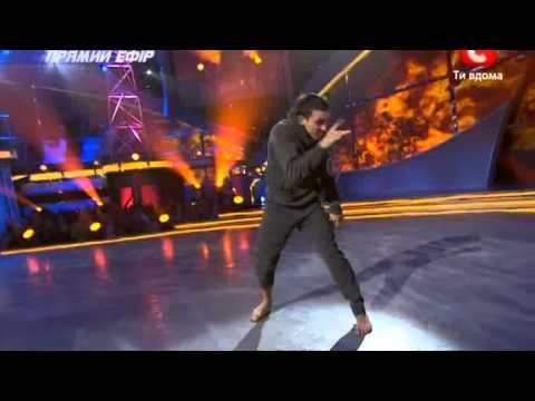 Танцуют все-3 Соло Тони (26.11.2010).avi