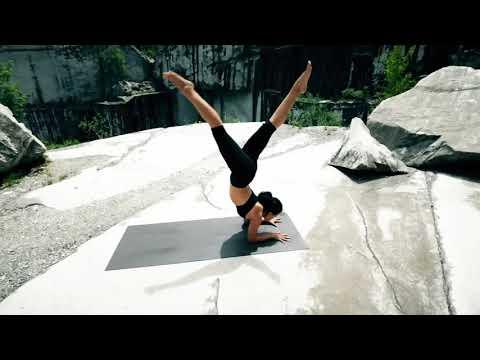 Путь дхармы Ashtanga Yoga Demo by Paige Elizabeth субтитры