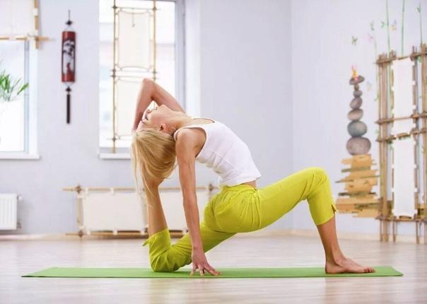 йога для начинающих. что стоит знать если рассматривать значение термина «йога» нужно понимать, что это не просто один из видов физических нагрузок, а полноценный образ жизни, придерживаясь которого можно достичь просветления. по существу, это очень