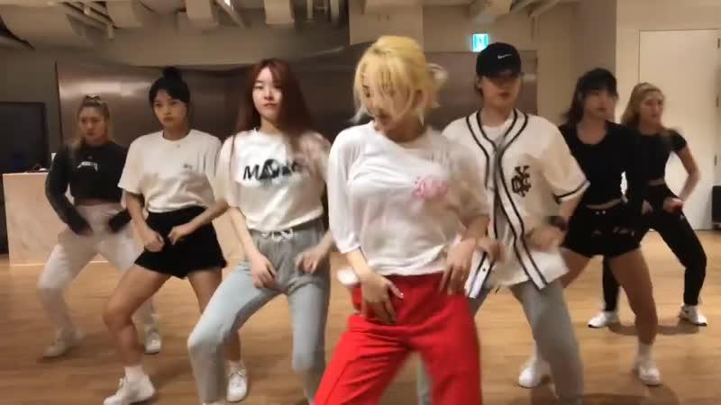 [CLIP] Hyoyeon - Punk Right Now (Dance Practice ver 01)