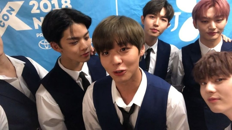 """KCON on Instagram: """"Woori Jihoon-nie and maknae Daehwi has something to say after walking the KCON18NY red carpet! A big thank-you to Wannable ..."""