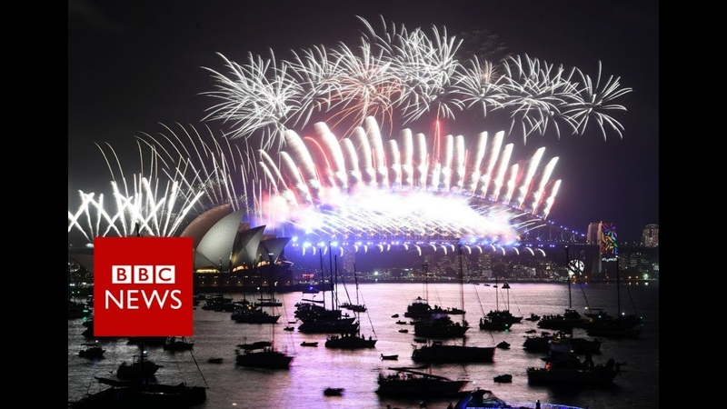 New Year 2018: First cities welcome New Year with a bang - BBC News