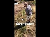 Gustav Schäfer Instagram Story iv [16.08.2018] - Strong man?
