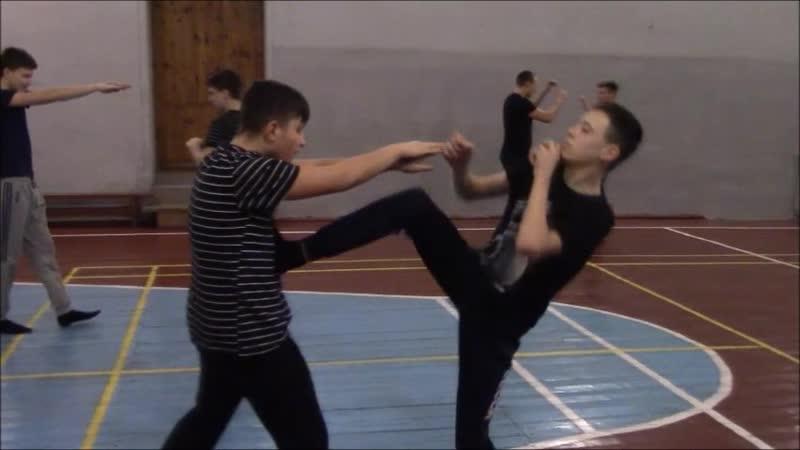 Учимся бить ТИП-прямой удар ноги(в тайском боксе)