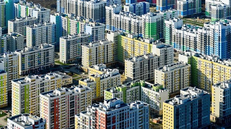 Почему в Академическом не хватает школ, детских садов, парковок и пробки на дорогах. Екатеринбург