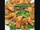 Тёплый салат с сёмгой и кабачками