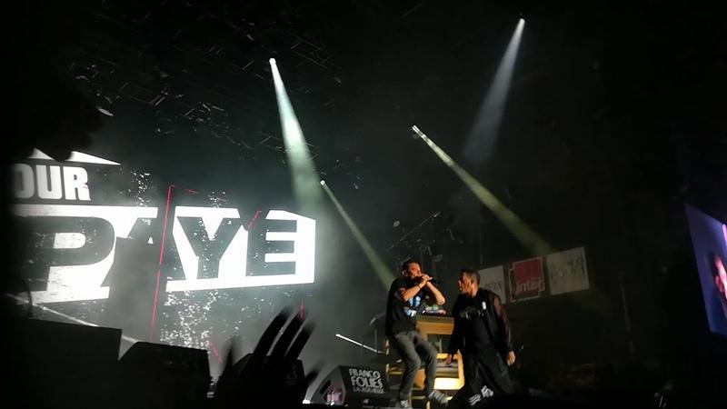Группа Supreme NTM выступили в Ла-Рошель, в рамках тура в честь 30-летия группы. (12 июля 2018 г.) (видео)