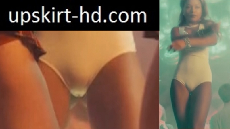 Cameltoe in movie Univer New hostel