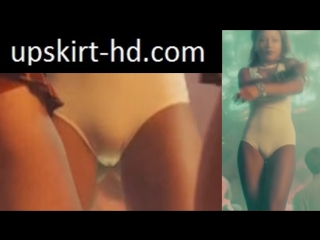 Cameltoe in movie Univer. New hostel