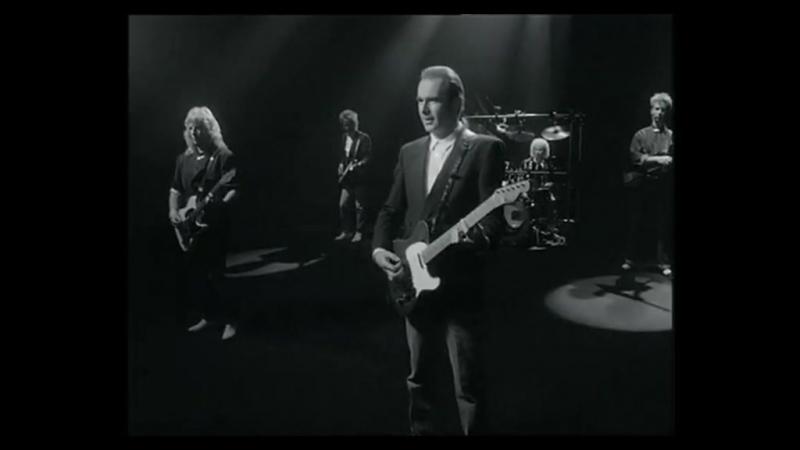 1986-группаStatus Quo - In The Army Now