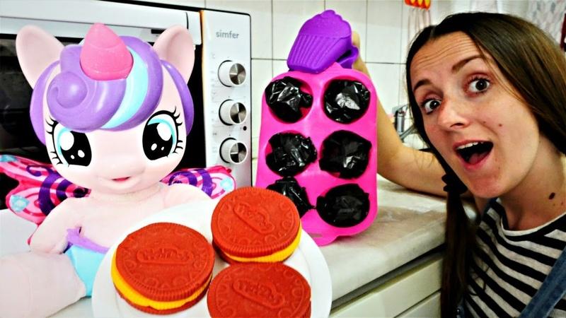 ЛитлПони и Поняня пекут печенье! Развлечения и Видео для детей