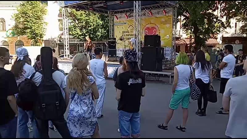 День уличной музыки в Полтаве