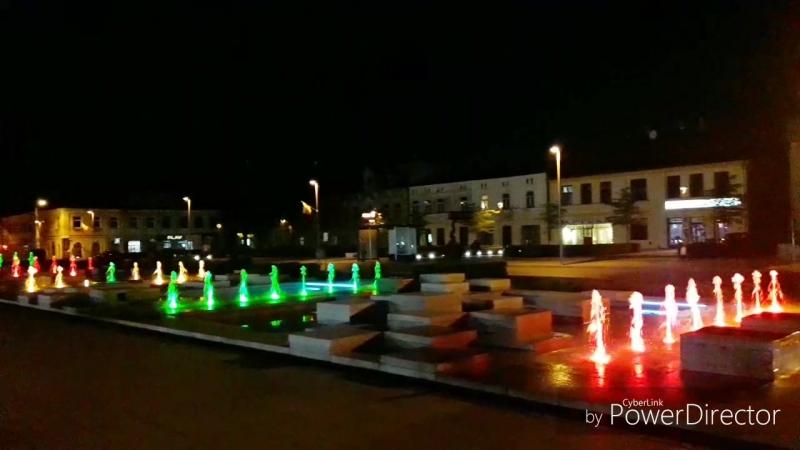 Безумно красивый фонтан в не большом городке Poland Безумно красивый фонтан в не большом городке Poland Tomaszów Mazowiecki