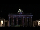 ФестивальBERLIN leuchtet Проекции на Бранденбургских воротах