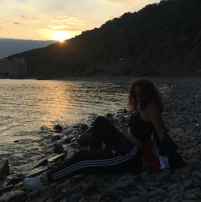 Соня Огаркова