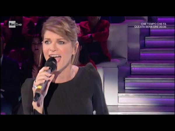 Alessandra Amoroso canta il suo secondo singolo 'Trova un modo' Domenica In 07 10 2018