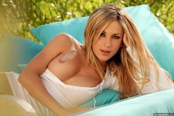 Brooke belle nude pics