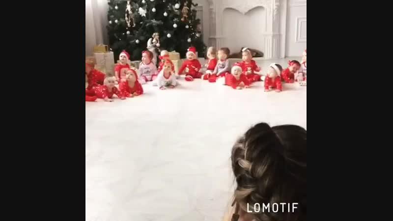 Наша дружная команда мамлчек и малышей