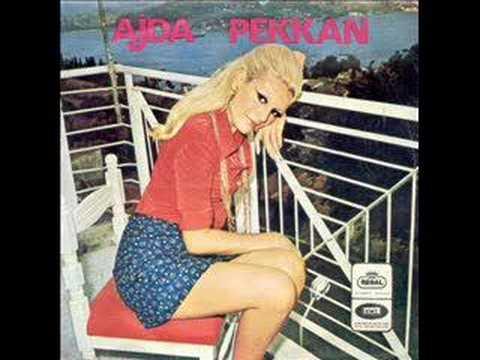 Ajda Pekkan - İki Yabancı (1967)
