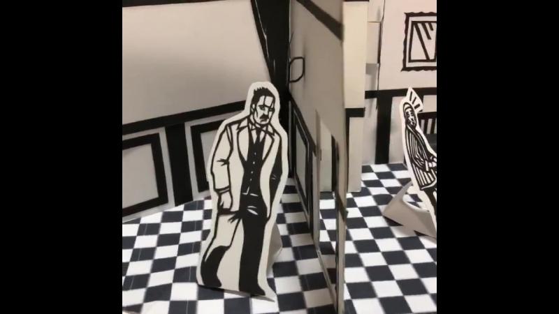 飛び出す絵本を参考にして切り絵で札幌世界ホテル作りました - 折り紙1枚位の大きさに折り畳めるので収納が楽w - ゴールデンカムイ 切り絵