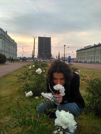 Анна Савилова