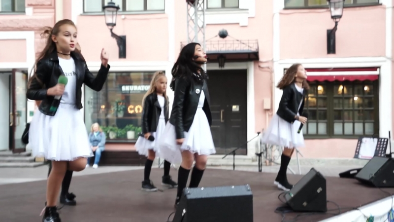 Piter Kids (Питер кидс) - гала концерт на Невском проспекте