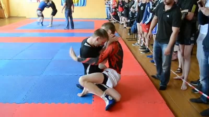 Открытый чемпионат г.Новокузнецка по греплингу(Лунеяв Иван бой 2)