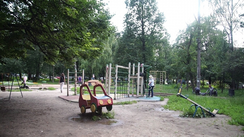 Подрядчик отремонтировал детскую площадку на улице Ковалихинской в Нижнем Новгороде без гарантийных обязательств