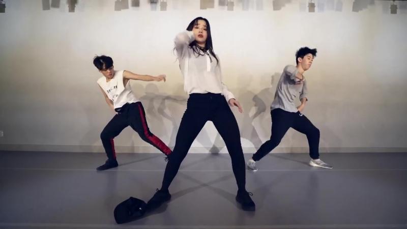Charlie Puth - Attention - Choreography . LIGI