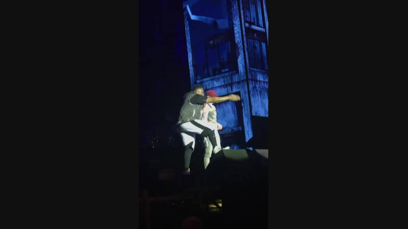 Eminem and Mr. Porter (Revival Tour Milan, Italia)