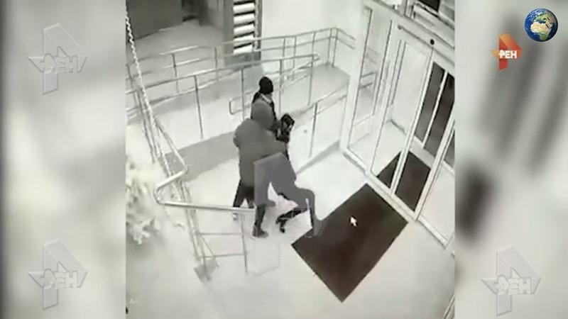 Неизвестные похитили девушку в торговом центре в Подмосковье