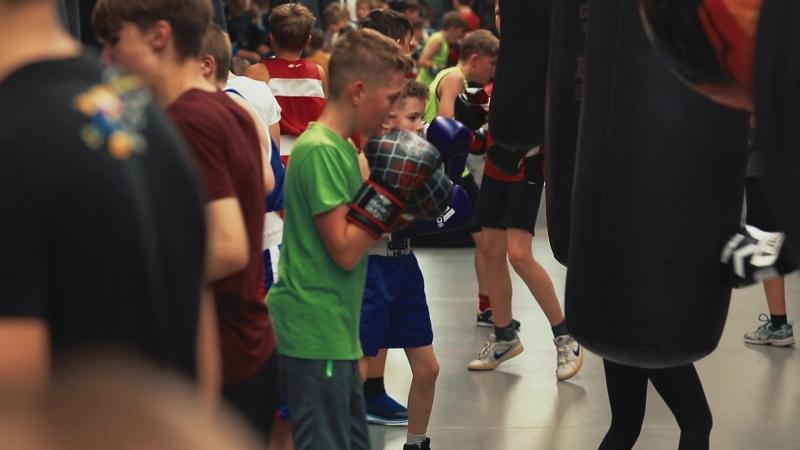 Общая тренировка детей в Центральном Зале Бокса