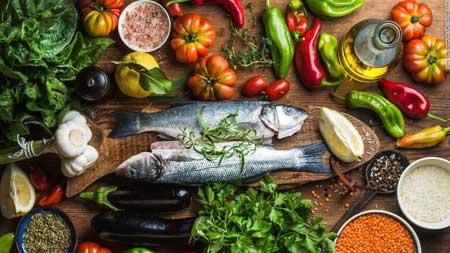 Когда вы пытаетесь питаться здоровой пищей, всегда легче готовить дома, чем обедать где-то.
