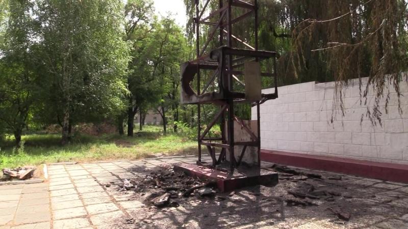 Сотрудники полиции установили причастных к поджогу монумента в Макеевке