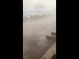 Непогод сильно ветер и дождь воды