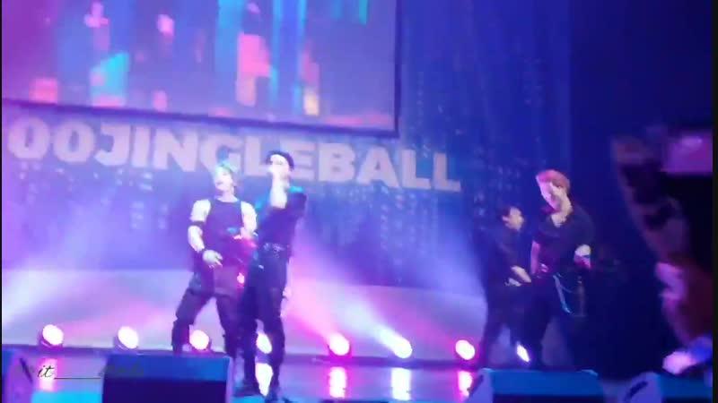 [VK][181207] MONSTA X fancam - Fallin' @ Pepsi x Jingle Ball All Access Lounge in New York