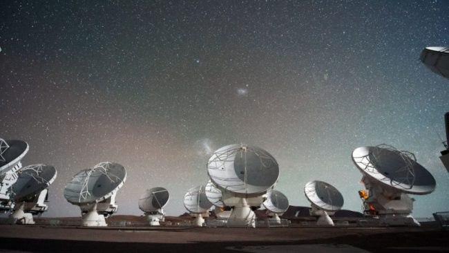 О пришельцах и машине времени поговорят на Хлебозаводе №9