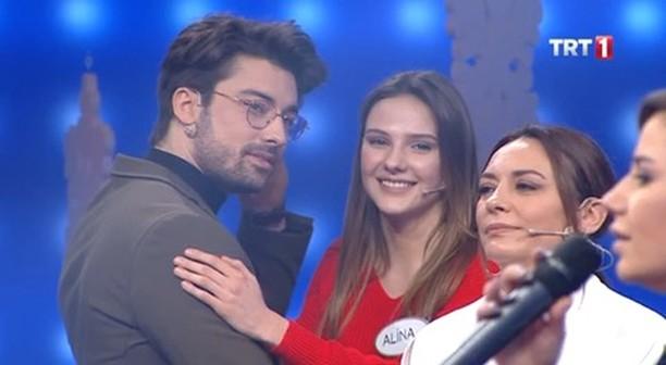 """Aileler Yarışıyor 👨👩👧👦 on Instagram: """"Alp Navruz ve Alina Boz'un sadece burada görebileceğiniz dansı ☺️♥️ ufukozkan1975 @kalkgidelimtv @elimibir..."""
