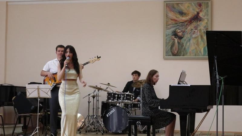 Гос. Влада Гогичаева . Tania Maria- Yatra-Ta