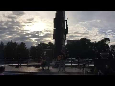 Антон Безызвестных - Попробуй спеть вместе со мной ( Концерт памяти Виктору Цою )