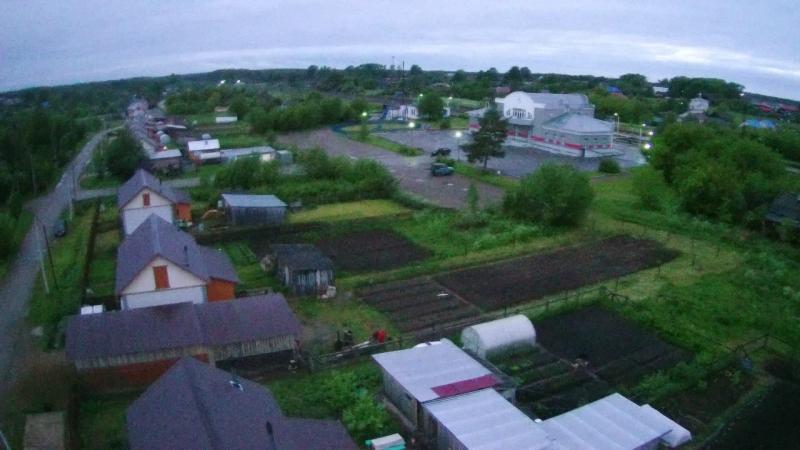 Пижма. Вокзал и окружности. высота 50 метров.