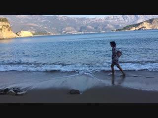 Черногория. Будва. Пляж Могрен. 23 октября. 2018.