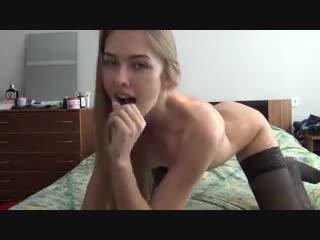Порно Мускулистый пациент активно имеет чернокожую медсестру на осмотре Brazzers PornHub анал милф видео HD babes